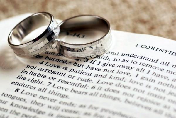 1 Corinthians 13 Wedding Rings And Bible