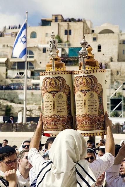 Torah-Scrolls-Ten Commandments