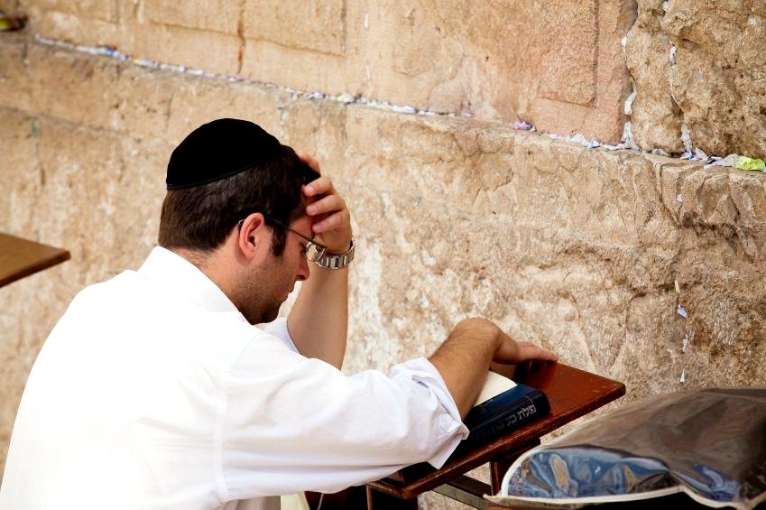 Western-Wall-Prayer