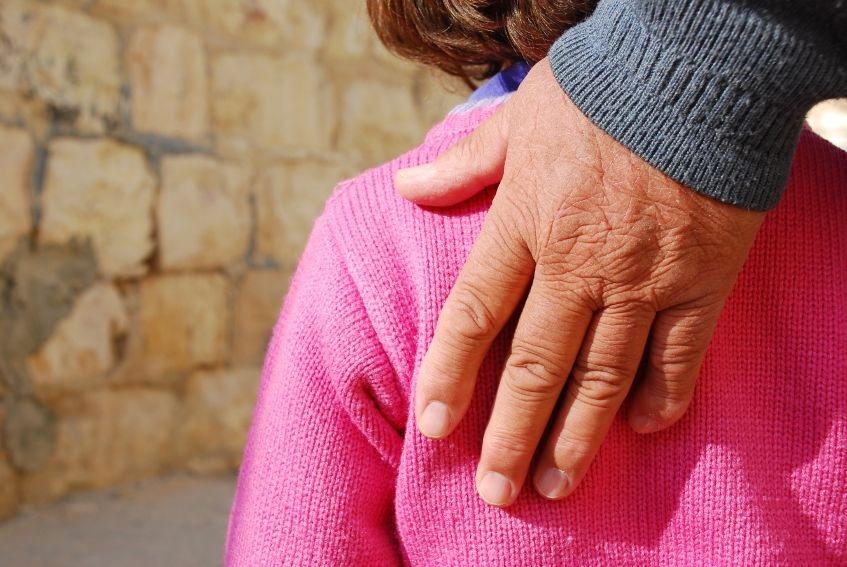 Jerusalem-hand-love-help