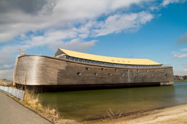 Johan Huibers-Replica-Ark of the Covenant