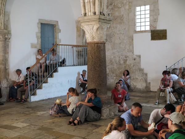 Upper Room, Christians pray, last supper