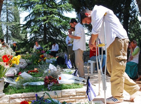 Israel-Memorial Day-grave