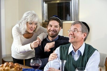 Shabbat- family-gathering-Sabbath-father-mother-son