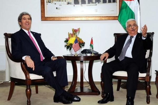 Kerry-Mahmoud Abbas-Jan 4 2014