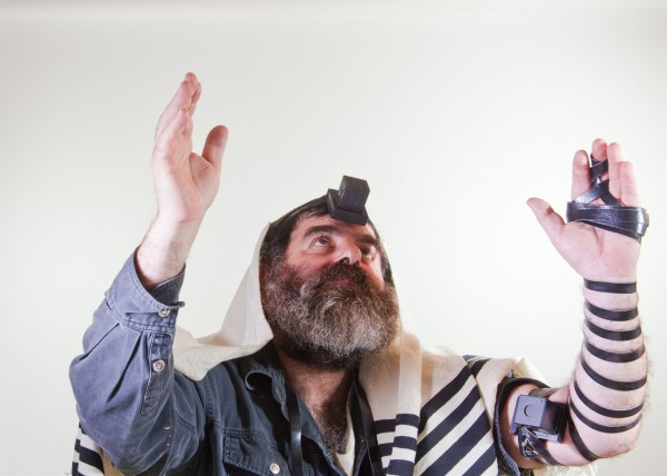 hands-raised-tefillin-prayer