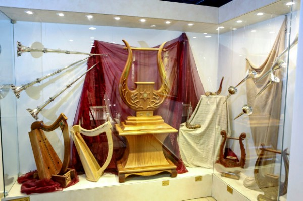 Levitical instruments and Holy Temple