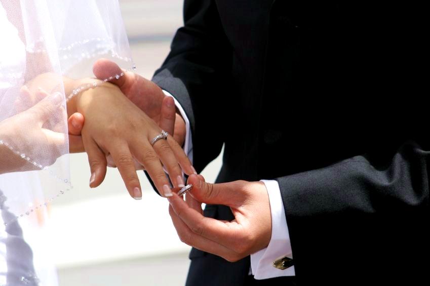 wedding-ring-band bride groom exchange
