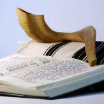Bible-shofar-Tanakh-tallit