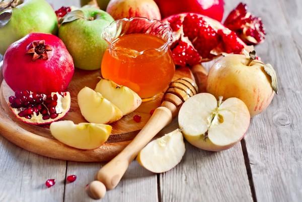 Traditional-Rosh-HaShanah-foods