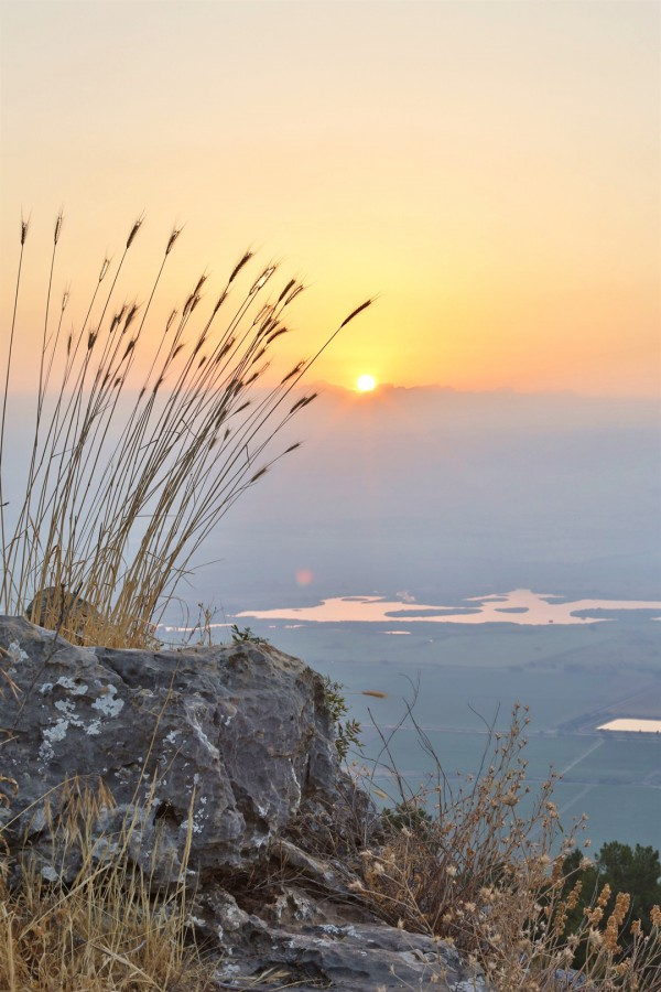 Israel-morning-beginning