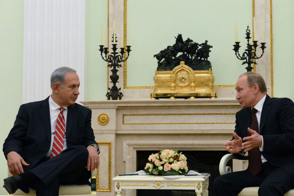 Prime Minister Benjamin Netanyahu meets with Russian President Vladimir Putin at the Kremlin on November 20, 2013.