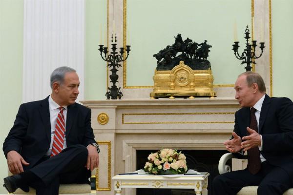 Prime Minister Benjamin Netanyahu meets with Russian President Vladimir Putin at the Kremlin on November 20, 2013.