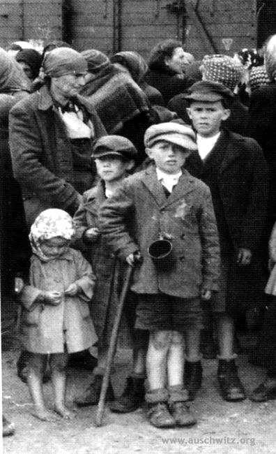 Family of Lili Jacob