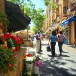 A pedestrian street in Jerusalem. (Israeli Ministry of Tourism photo by Noam Chen)
