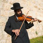 Fiddler-Chasidim-Israel-Jewish musician
