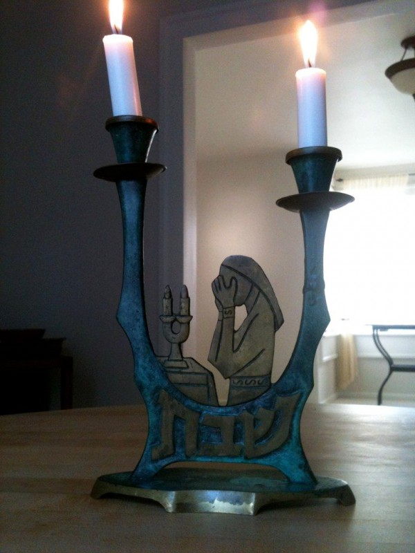 candlestick-Jewish tradition-prayer-Sabbath lights