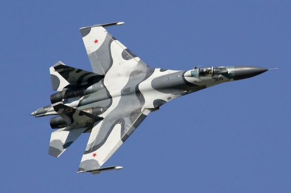 An SU-27 fighter jet in Syria-Ezekiel 38-Sukkot-Blood supermoon
