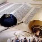 Torah-yad-yarmulke