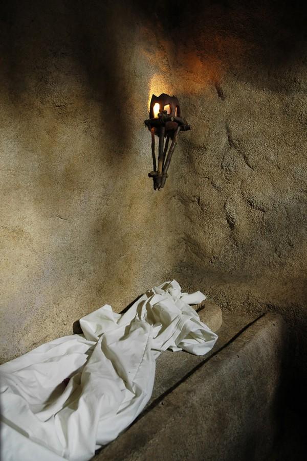 Abandoned shroud